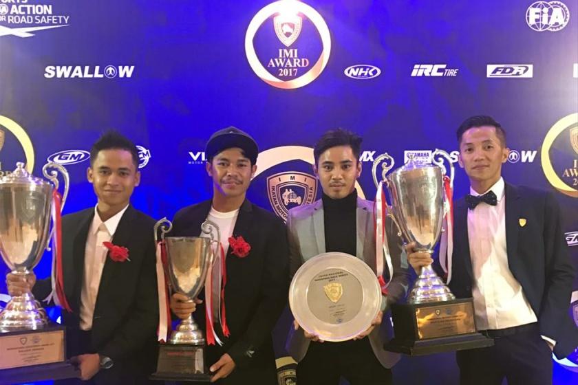 """Pembalap Yamaha Racing Indonesia Terima Penghargaan """"IMI Award 2017"""""""